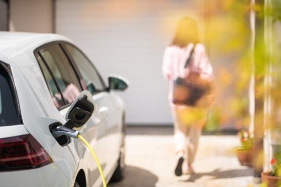 borne recharge électrique pour particuliers